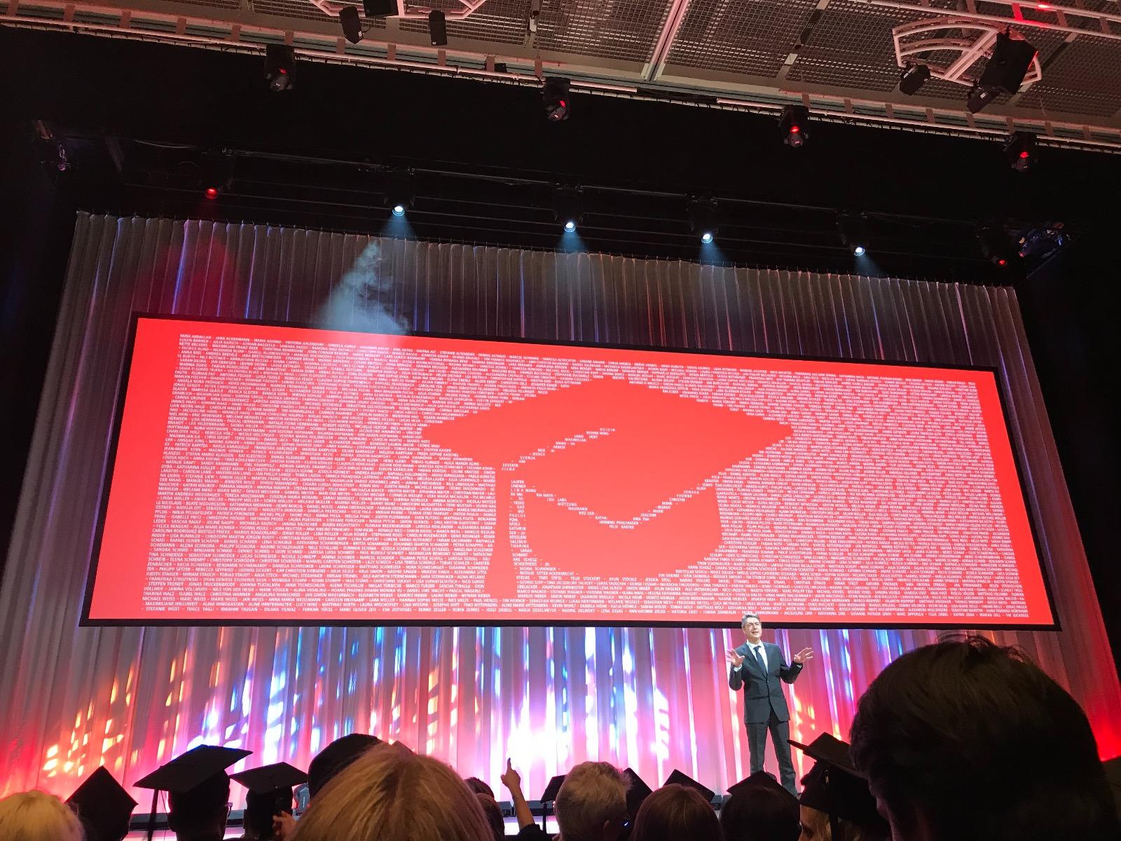 Lea Hildenbrand Studium Wirtschaftsinformatik Abschlussfeier