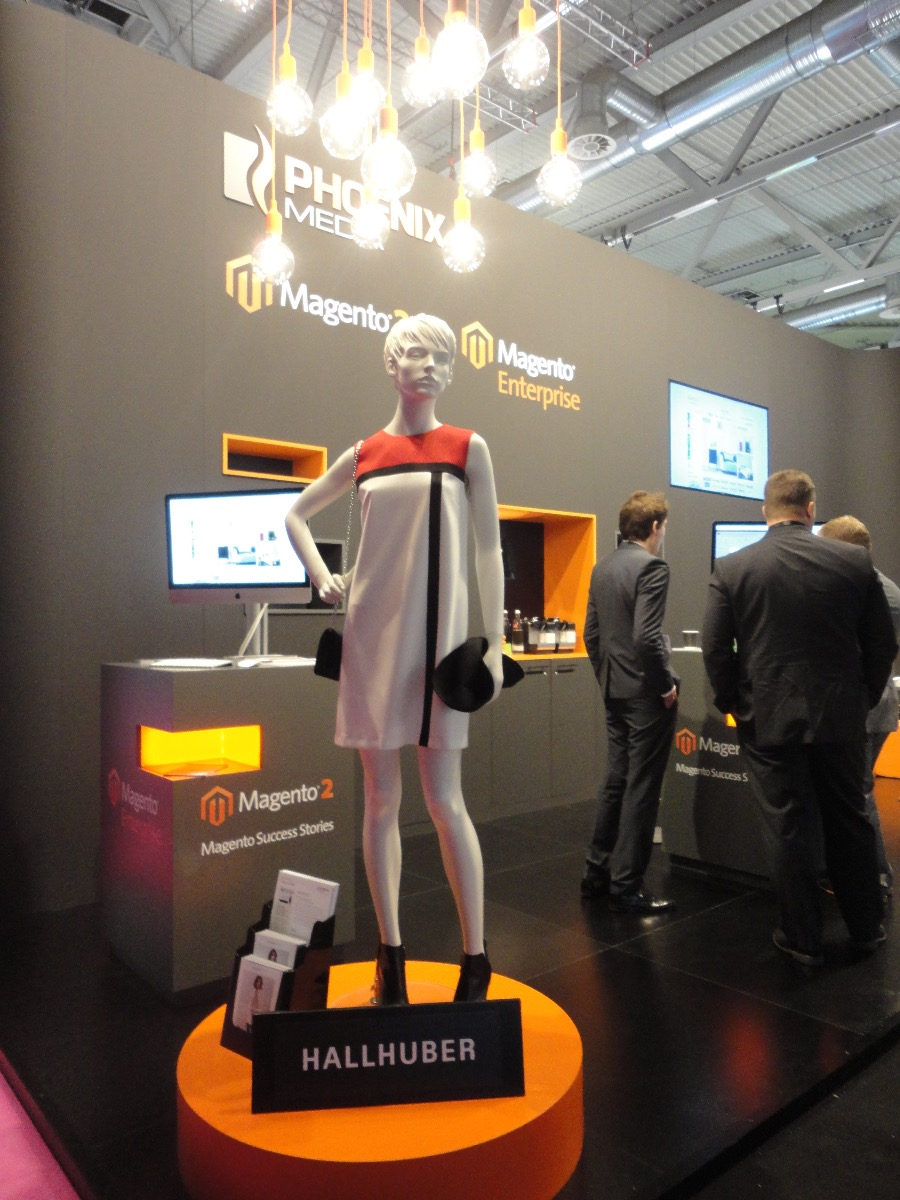Hallhuber PHOENIX MEDIA Messestand dmexco 2015